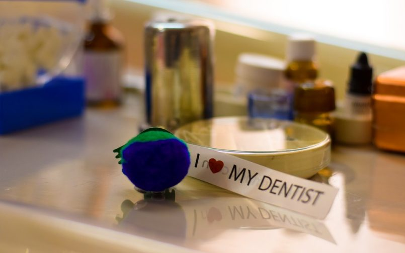 Difference Between Family Dentistry and General Dentistry