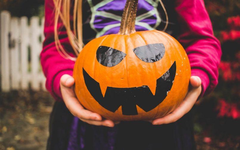 Maintain Kids Dental Health on Halloween